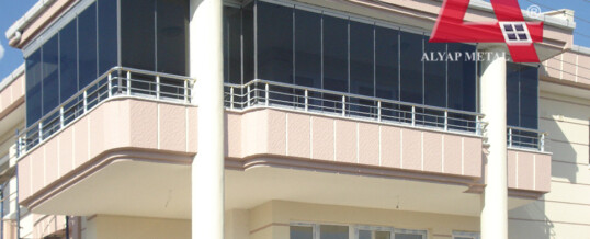 Balkon Camlama